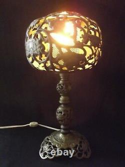 ANTIQUE HURRICANE LAMP parlor solid brass Vintage GWTW Table Flowers 1920's oil