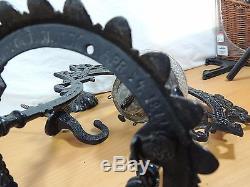 Antique BRADLEY & HUBBARD Black IRON HORSE Hanging Oil lamp