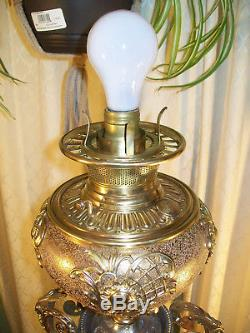 Antique'' Bradley & Hubbard'' Banquet Oil Lamp'