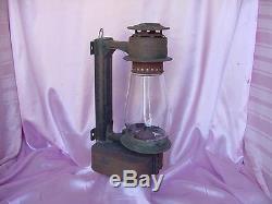 Antique Dietz # 15 Wall Mount Lantern Beacon Oil Lamp Light Railroad