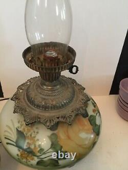 Antique GWTW Oil Kerosene Banquet Parlor Gone With the Wind Yellow Pink Roses