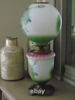 Antique VICTORIAN GONE WITH THE WIND OIL KEROSENE BANQUET PARLOR LAMP