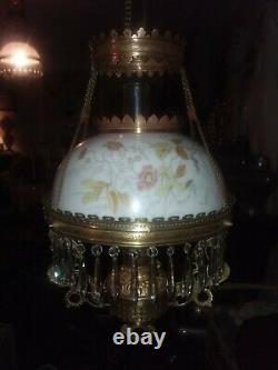 Antique hanging oil/kerosene parlor lamp