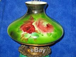 B & H Banquet Parlor Hurricane GWTW Antique Oil Lamp Tam O Shanter Glass Shade