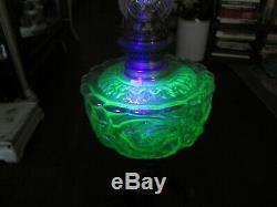 Large 34 antique oil kerosene green uranium glass lamp Les Ecrits figure statue