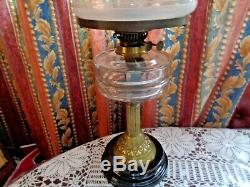 Stunning Victorian Oil Lamp Glass Font Etched Shade 24 High Working