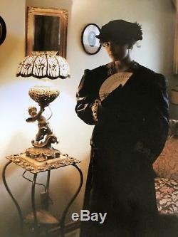 Victorian CHERUB Banquet Parlor Oil Lamp Ornate Cast Metal victorian shade