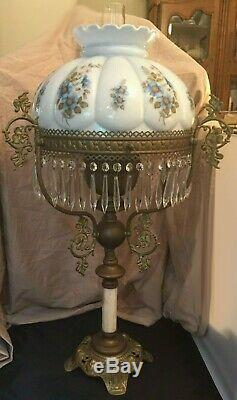 Vintage John Scott Double Wick Parlor Oil Lamp withCrystal Prisms 34 Tall