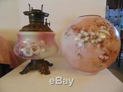 Wow! ANTIQUE Hand Painted Gone with the Wind Oil Kerosene Lamp And Font 21